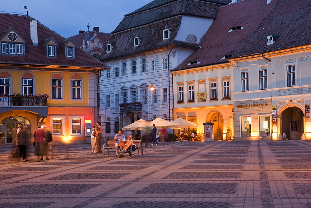 Mare Square, Sibiu, Transylvania, Romania, Europe - 793-858