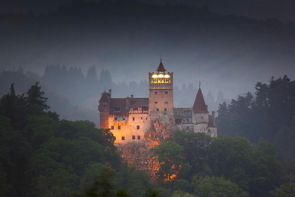 Bran castle (Dracula castle), Bran, Transylvania, Romania, Europe - 793-875