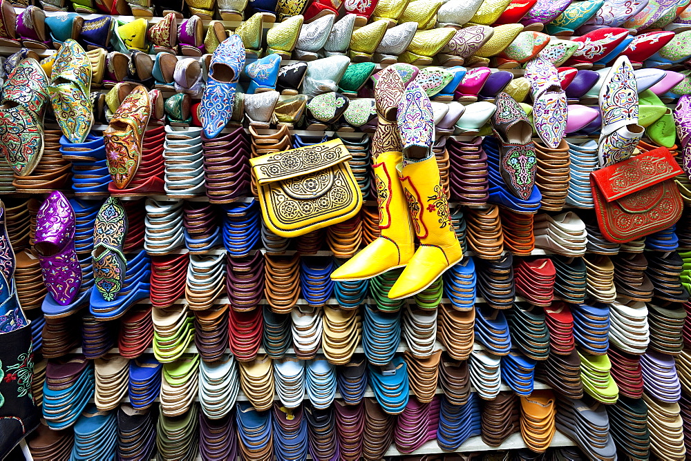 Soft leather Moroccan slippers in the Souk, Medina, Marrakesh, Morocco, North Africa, Africa