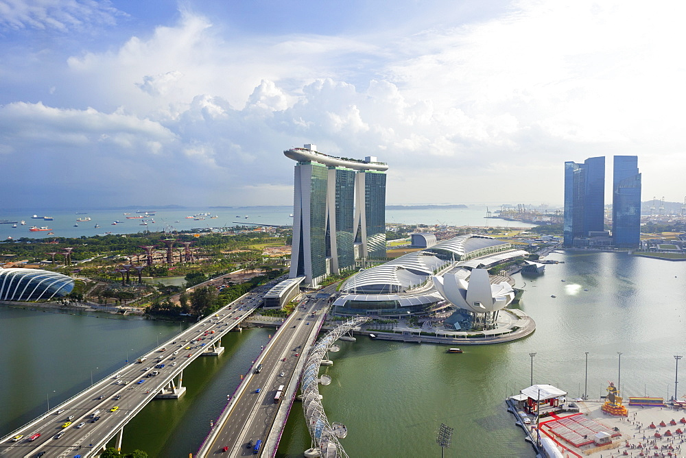 The Helix Bridge and Marina Bay Sands Singapore, Marina Bay, Singapore, Southeast Asia, Asia