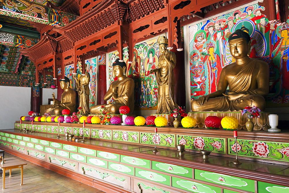Pohyon Buddhist Temple (Pohyon-sa), Myohyangsan, Democratic People's Republic of Korea (DPRK), North Korea, Asia