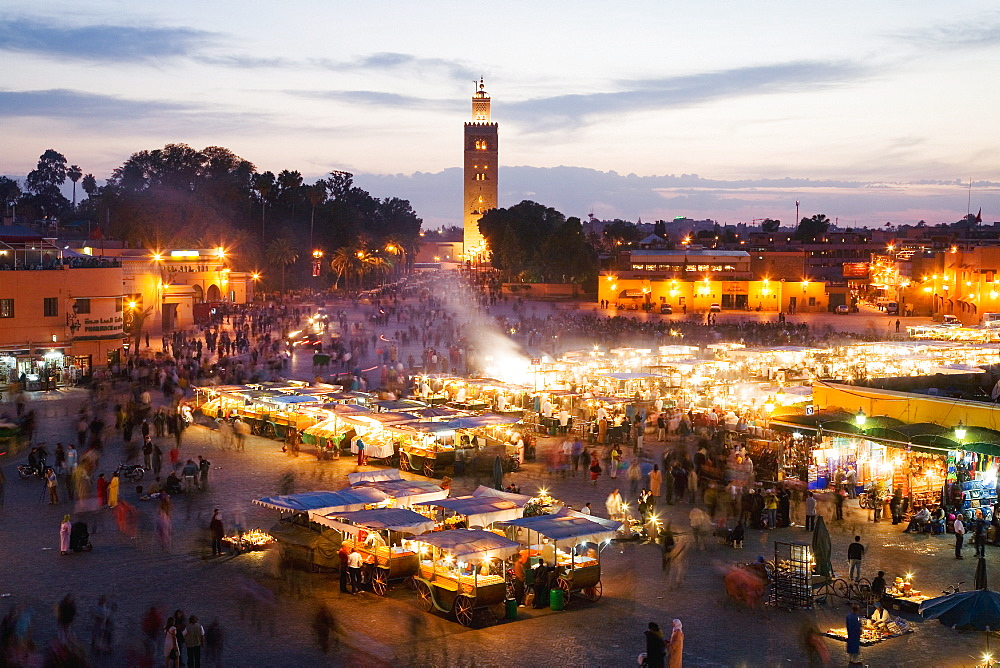Elevated view of the Koutoubia Mosque at dusk from Djemaa el-Fna, Marrakech, Morocco, North Africa, Africa  - 794-3583