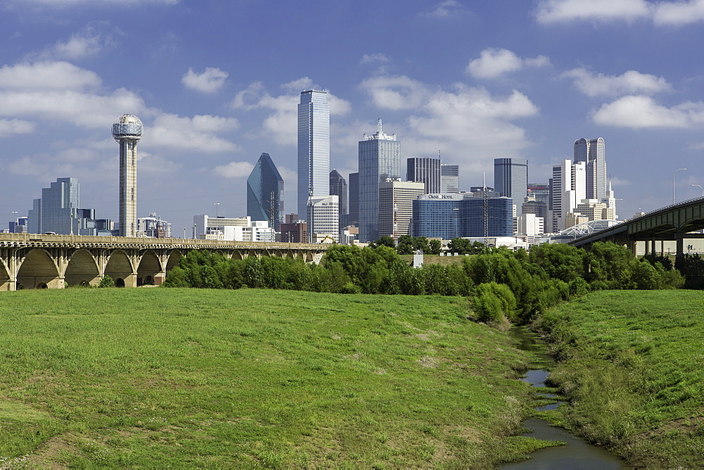 Freeway bridge over the Dallas River floodplain, and skyline of the downtown area, Dallas, Texas, United States of America, North America