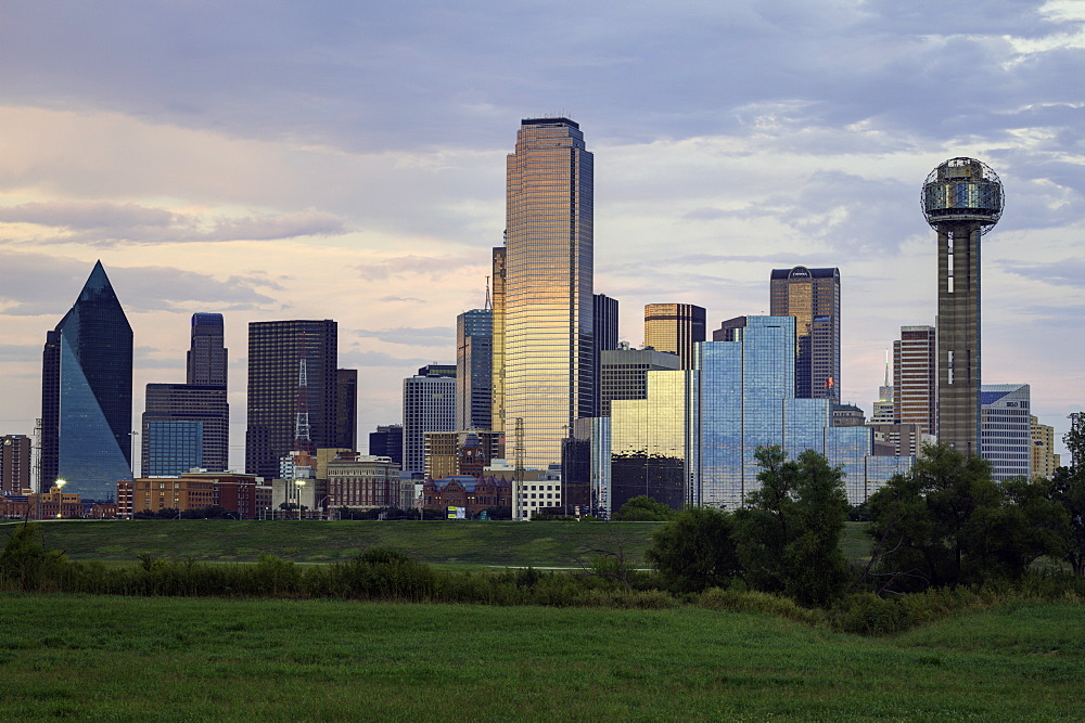 Dallas city skyline and the Reunion Tower, Texas, United States of America, North America