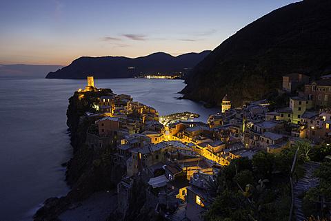 Vernazza in the evening, Cinque Terre, UNESCO World Heritage Site, Liguria, Italy, Europe