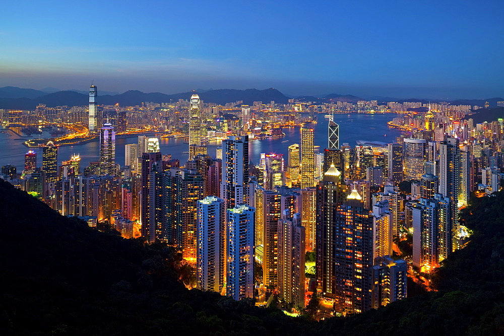 View over Hong Kong from Victoria Peak, the illuminated skyline of Central sits below The Peak, Victoria Peak, Hong Kong, China, Asia - 794-843