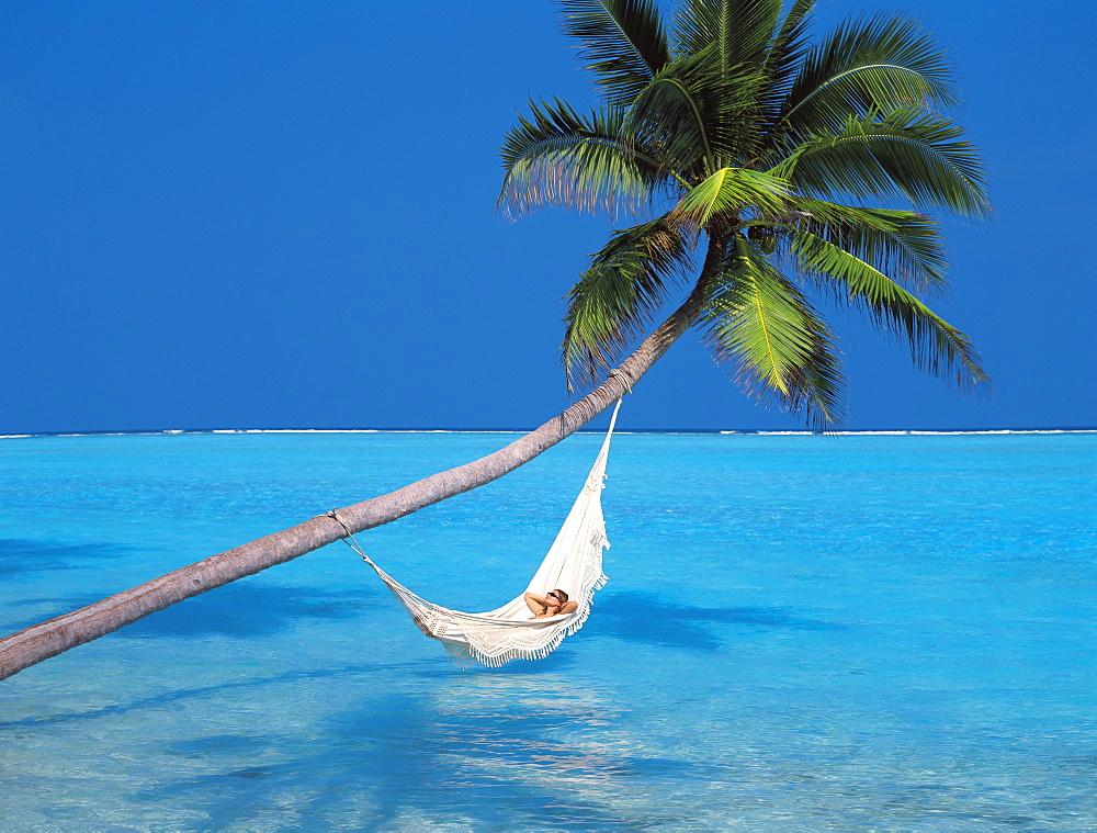 Woman in hammock, South Male Atoll, Maldives, Indian Ocean, Asia - 795-112