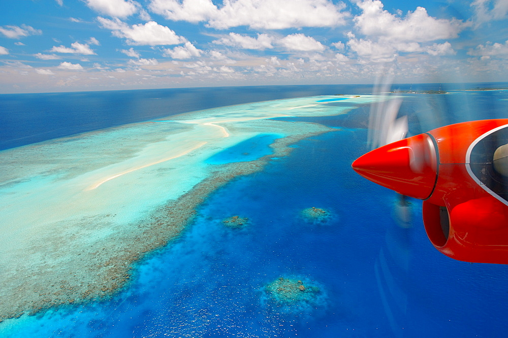 View from aeroplane, Male Atoll, Maldives, Indian Ocean, Asia - 795-201