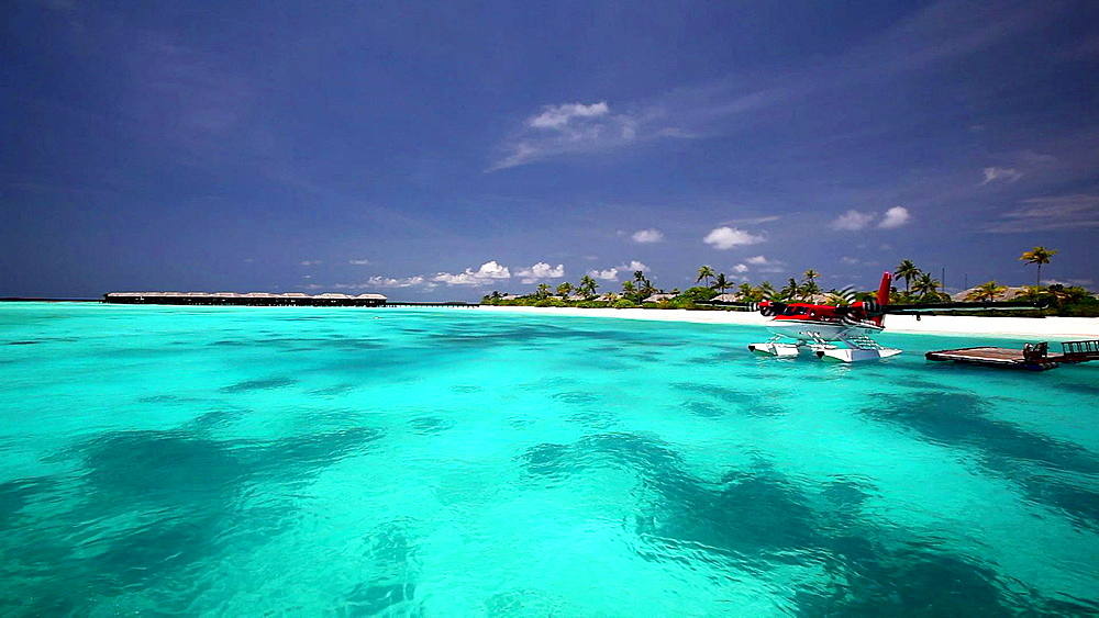 Seaplane, Maldives, Indian Ocean - 795-436