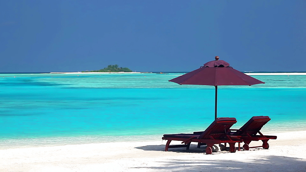 Sun Lounges and tropical beach, Maldives - 795-588
