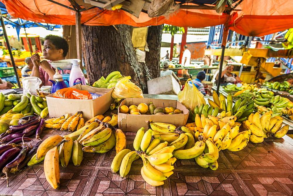 Vegetables and fruit at the Sir Selwyn Selwyn-Clarke Market, Victoria, Mahe, Republic of Seychelles, Indian Ocean, Africa