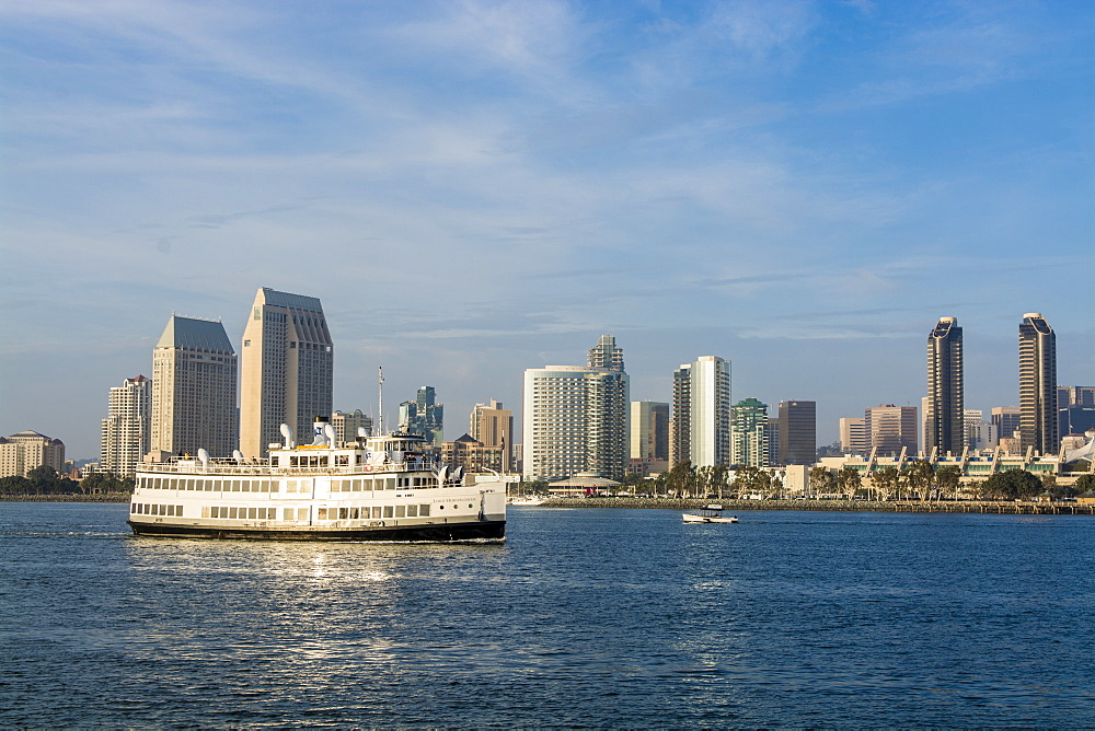 Lord Hornblower ferry, San Diego Harbor, San Diego, California, United States of America, North America - 796-2362