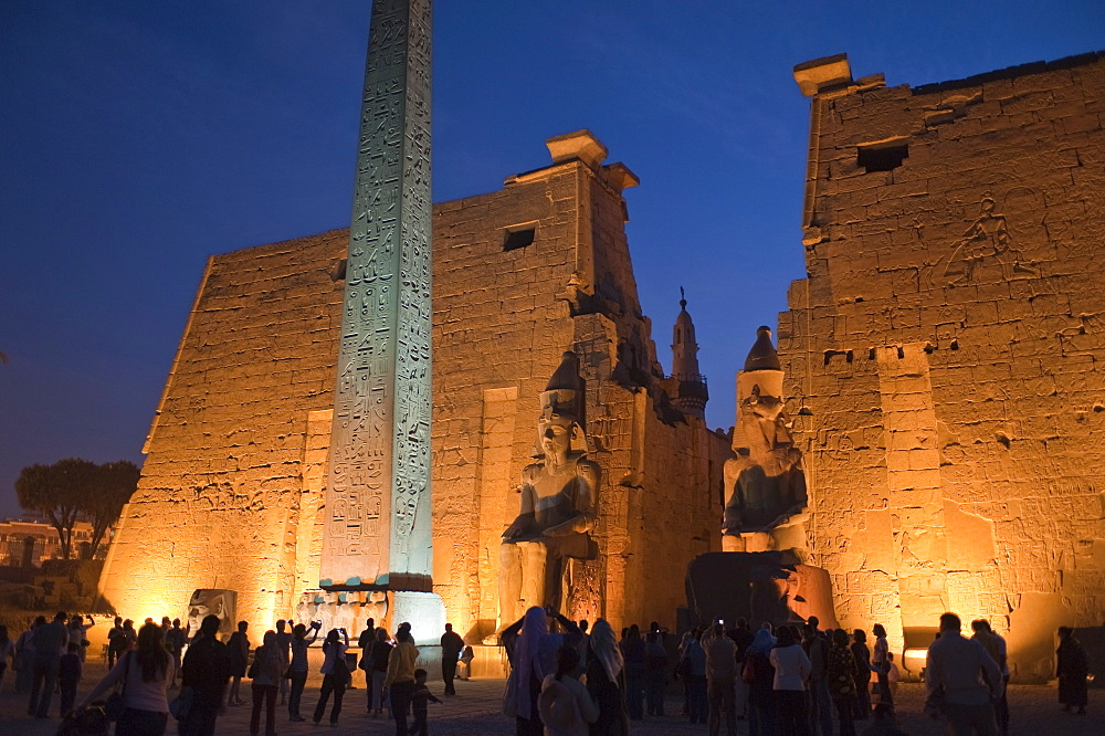 Luxor Temple, Luxor, UNESCO World Heritage Site, Thebes, Egypt, North Africa, Africa