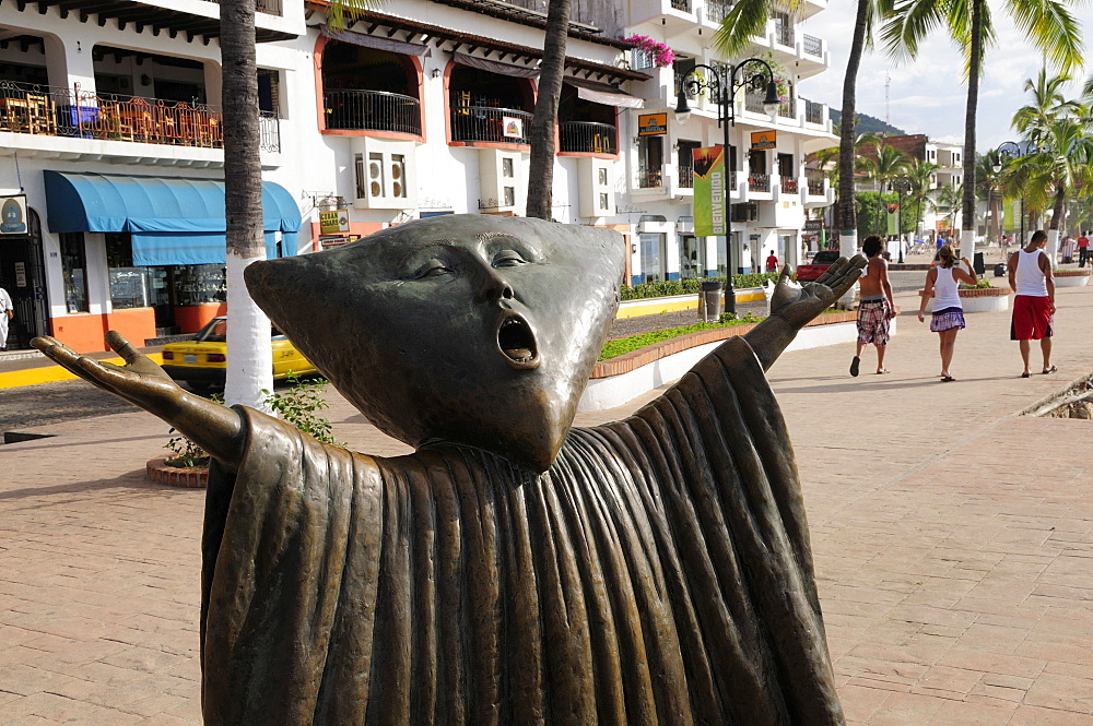 Mexico, Jalisco, Puerto Vallarta, Detail of sculpture In Search of Reason by Sergio Bustamente on the Malecon.