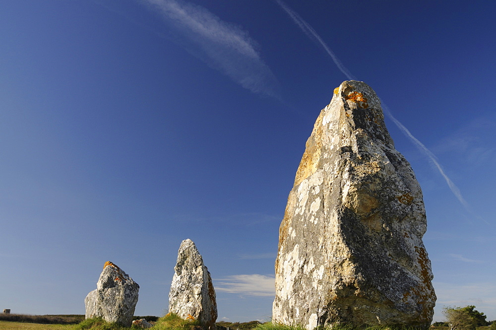 France, Brittany, Lagatjar, Alignment de Lagatjar standing stones near Cameret-sur-Mer.