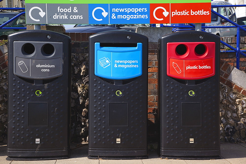 England, East Sussex, Eastbourne, Recycling bins on the seafront promenade. - 797-10809
