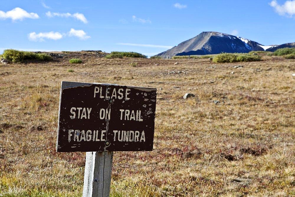 USA, Colorado, Aspen, Sign on a mountain top near Aspen.