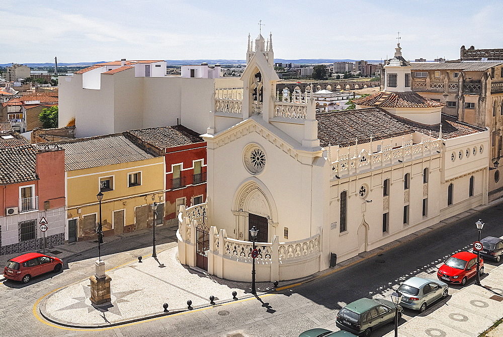 Spain, Extremadura, Badajoz, View over the Convento de las Adoaratrices from the Alcazaba walls.