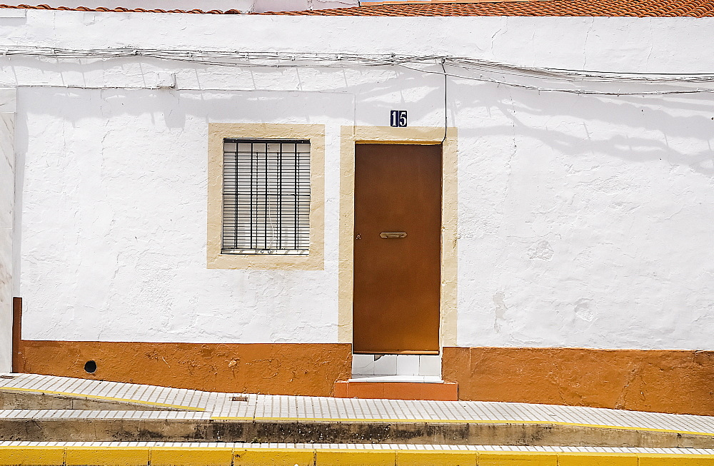 Spain, Extremadura, Olivenza, Typical white coloured architecture.
