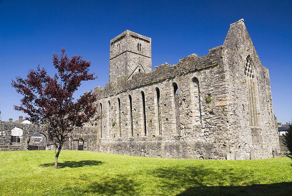 Ireland, County Sligo, Sligo Town, Sligo Abbey Dominican Friary founded in the mid - 13th century.