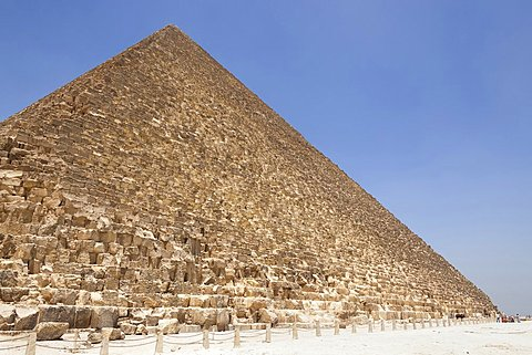 Egypt, Cairo Area, Giza, Great Pyramid of Giza, also known as Pyramid of Khufu and Pyramid of Cheops.