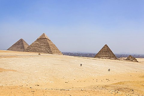 Egypt, Cairo Area, Giza, Great Pyramid of Giza, Pyramid of Khufu and Cheops, Pyramid of Khafre, Chephren and Pyramid of Menkaure.