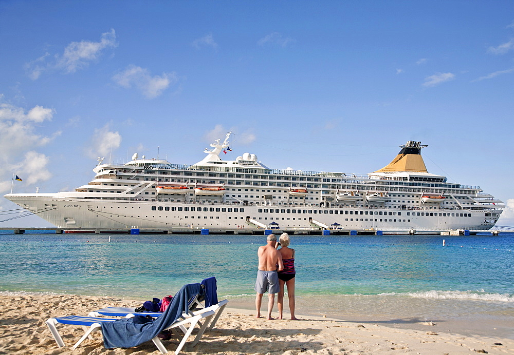 Turks and Caicos Islands, Grand Turk, View of cruise ship from beach.