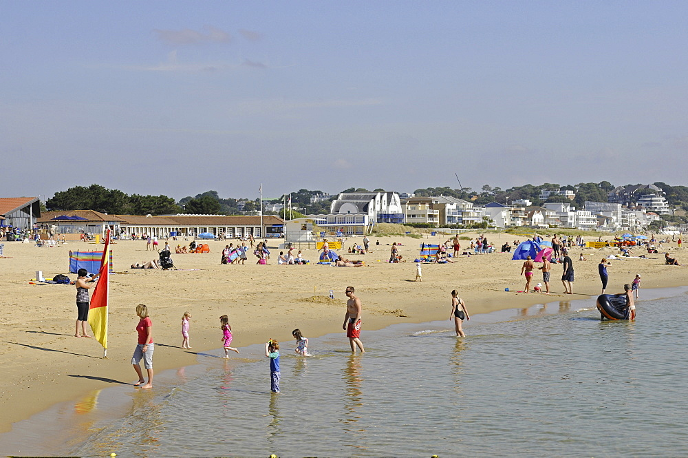 England, Dorset, Poole, Sandbanks Beach.