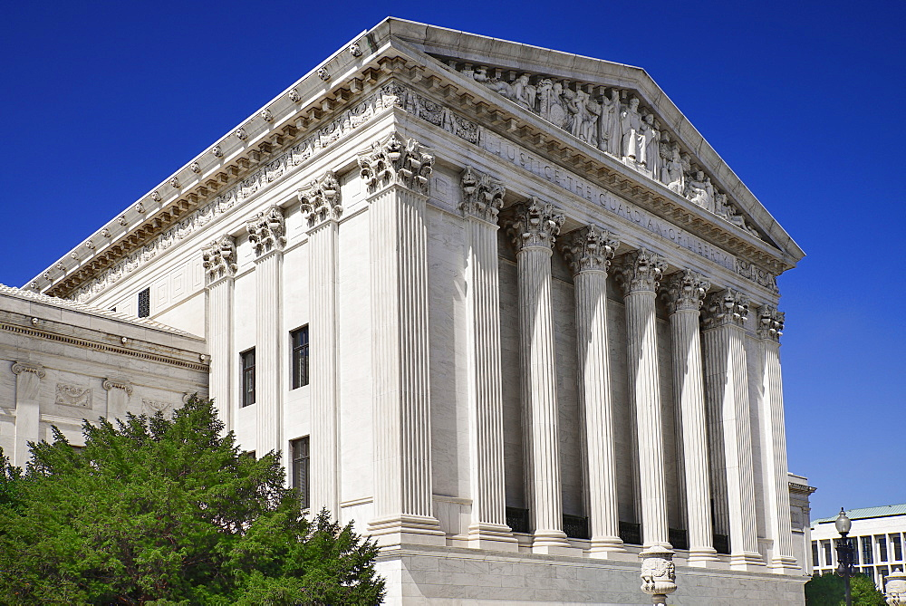 USA, Washington DC, Capitol Hill, United States Supreme Court Building.
