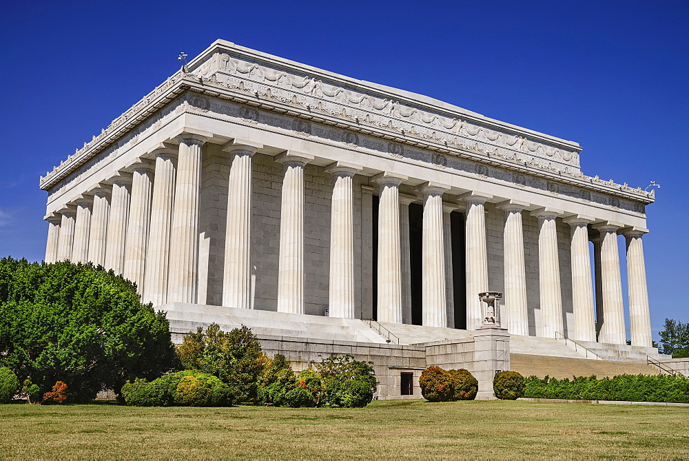 USA, Washington DC, National Mall, Lincoln Memorial, General view of the building.