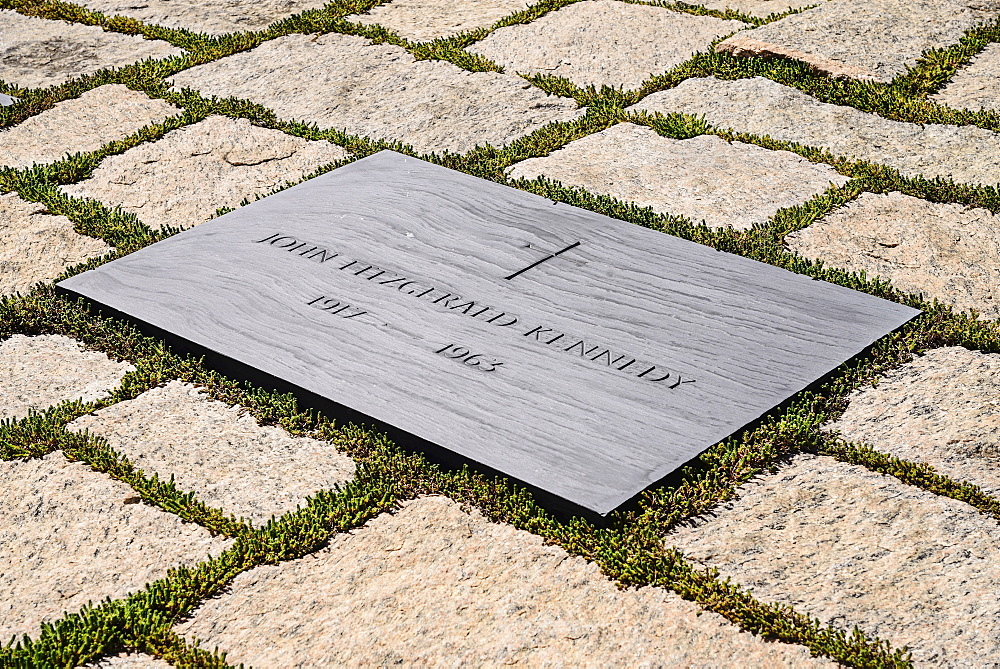 USA, Washington DC, Arlington National Cemetery, Grave of President JF Kennedy.