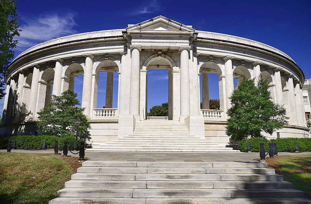 USA, Washington DC, Arlington National Cemetery, The Memorial Amphitheater, South Entrance.