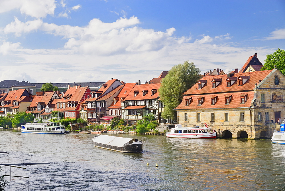 Germany, Bavaria, Bamberg, Area on the Regnitz known as Little Venice.