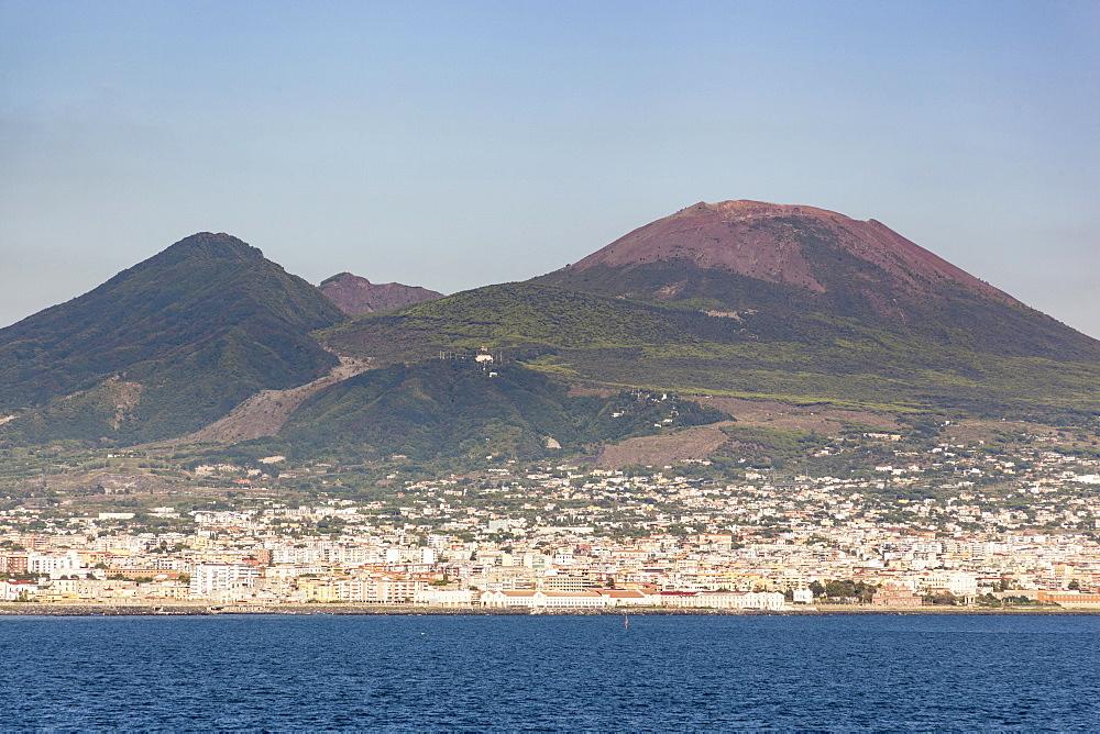 Italy, Campania, Naples, Mount Vesuvius.