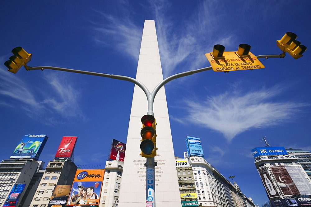 ARGENTINA  Buenos Aires The Obelisco in Plaza de la Republica. Urban South America Buenos Aires Travel Tourism Holidays Obelisk Traffic Light Monument Tall Plaza de la Republica Icon Up Landmark American Argentinian Hispanic Latin America Latino   - 797-3915