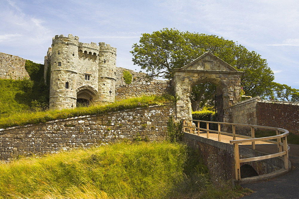 Carisbrooke Castle and Gatehouse, Isle of Wight, England, United Kingdom, Europe