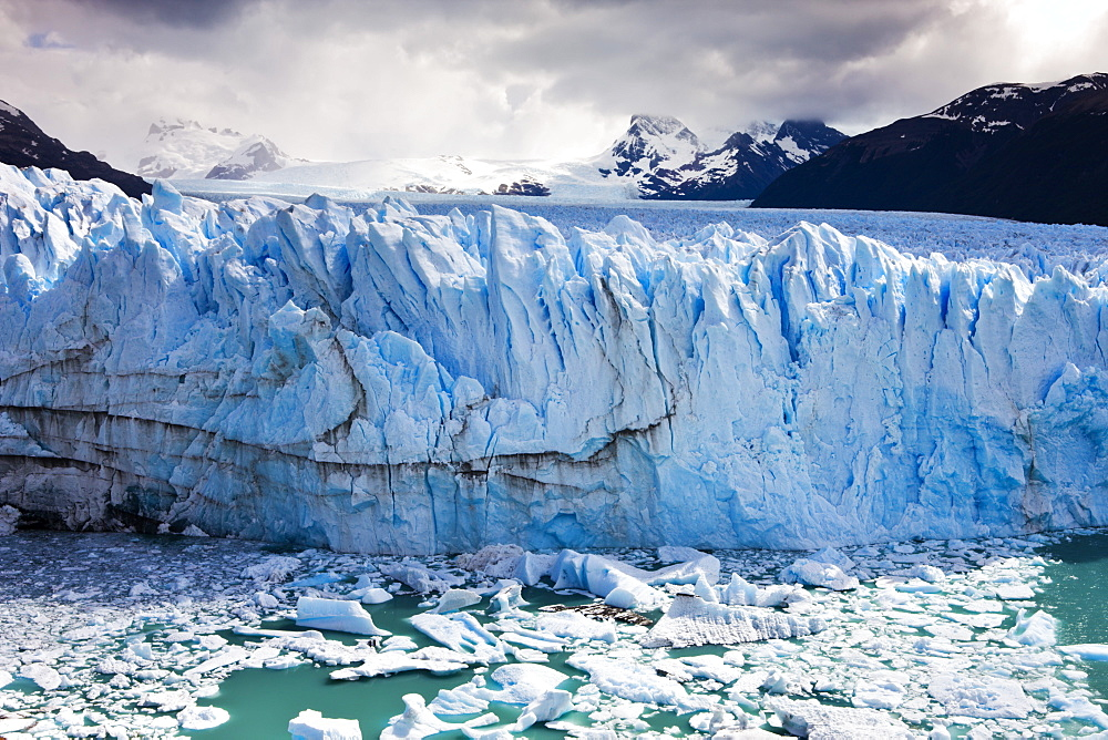 Spectacular Perito Moreno glacier, situated within Los Glaciares National Park, UNESCO World Heritage Site, Patagonia, Argentina, South America