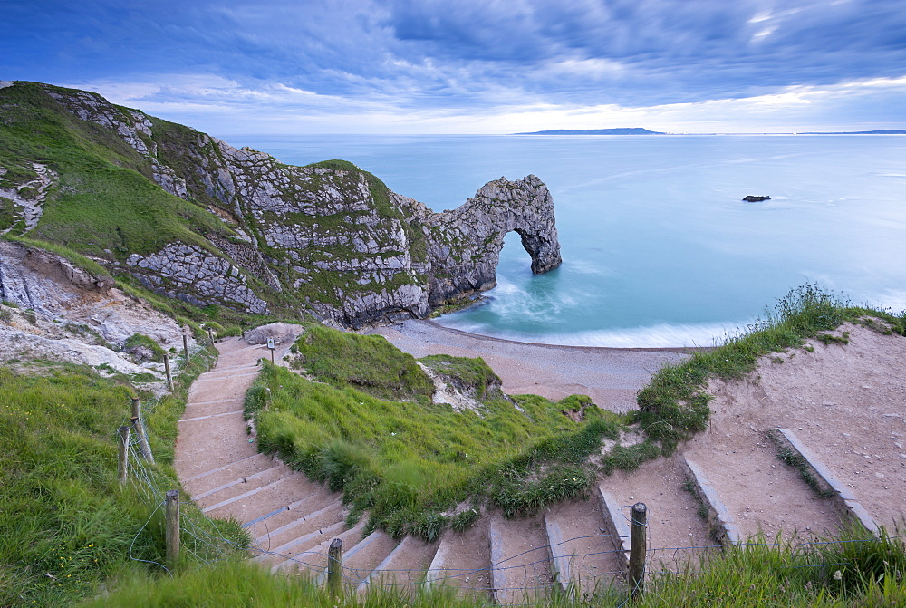 Steps leading down to Durdle Door on the Jurassic Coast, UNESCO World Heritage Site, Dorset, England, United Kingdom, Europe - 799-2698