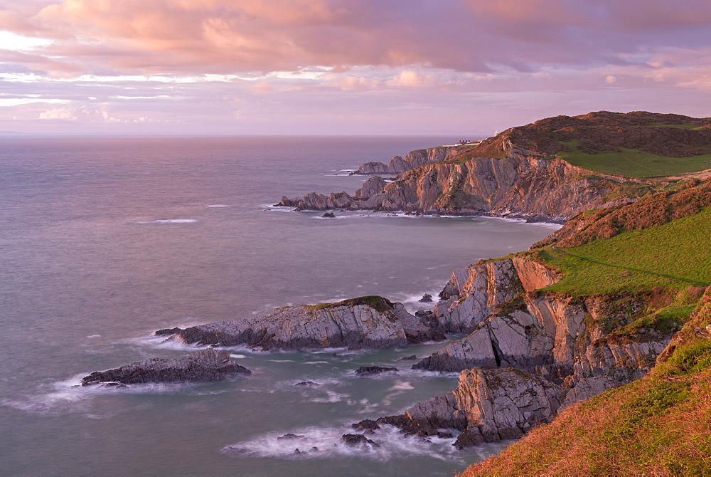 Glorious evening light on the North Devon coast near Ilfracombe, England, United Kingdom, Europe