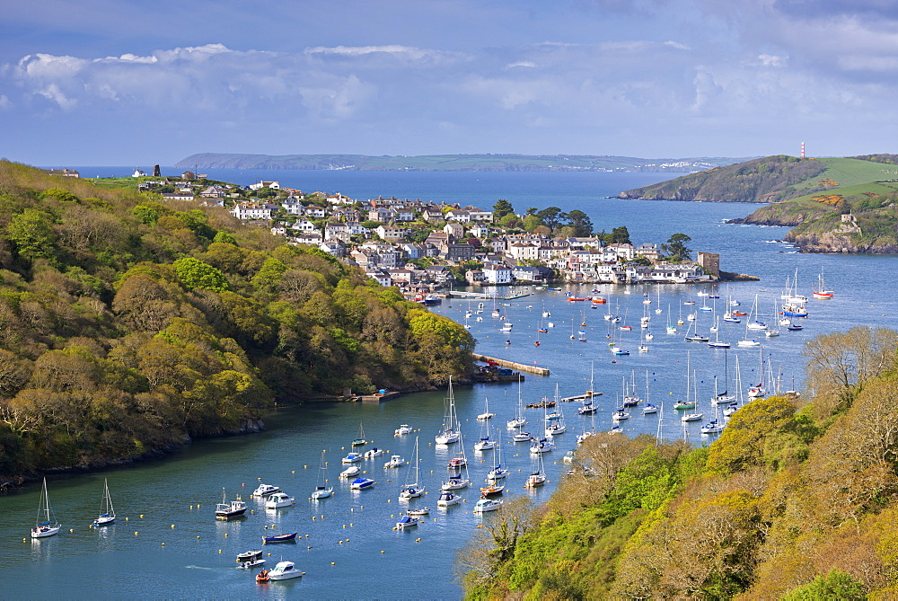 Pont Pill and Polruan in the Fowey Estuary, Cornwall, England, United Kingdom, Europe