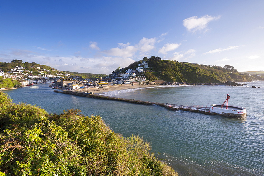 Long breakwater in the Cornish fishing village of Looe, Cornwall, England, United Kingdom, Europe