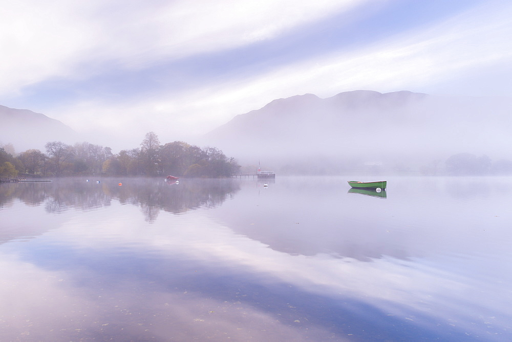 Misty autumn morning on Ullswater in the Lake District, Cumbria, England, United Kingdom, Europe - 799-3168