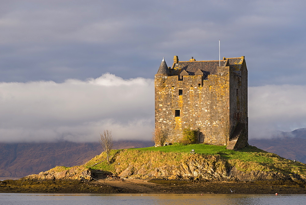 Castle Stalker on an island in Loch Linnhe, Scottish Highlands, Scotland, United Kingdom, Europe - 799-3440