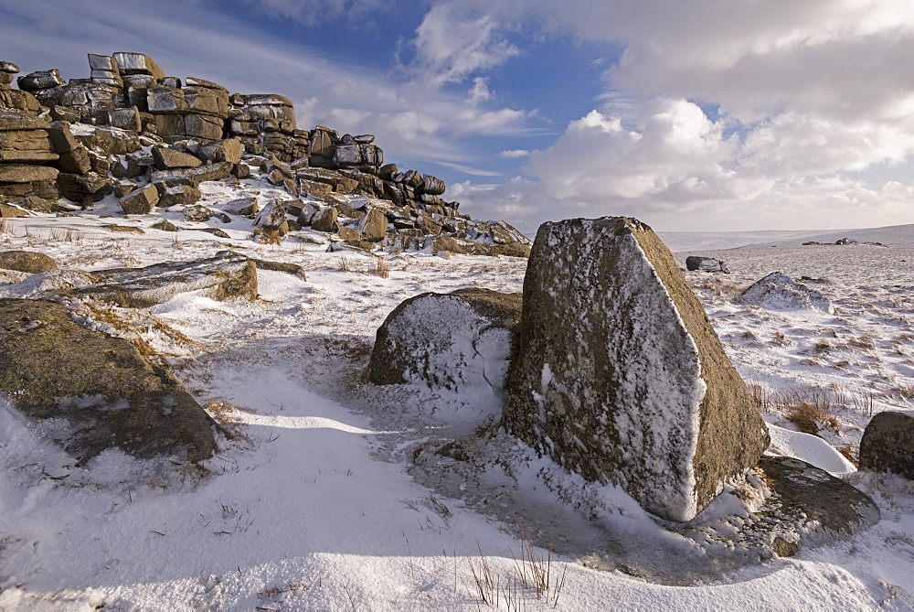 Snow covered moorland at West Mill Tor, Dartmoor National Park, Devon, England, United Kingdom, Europe - 799-3489