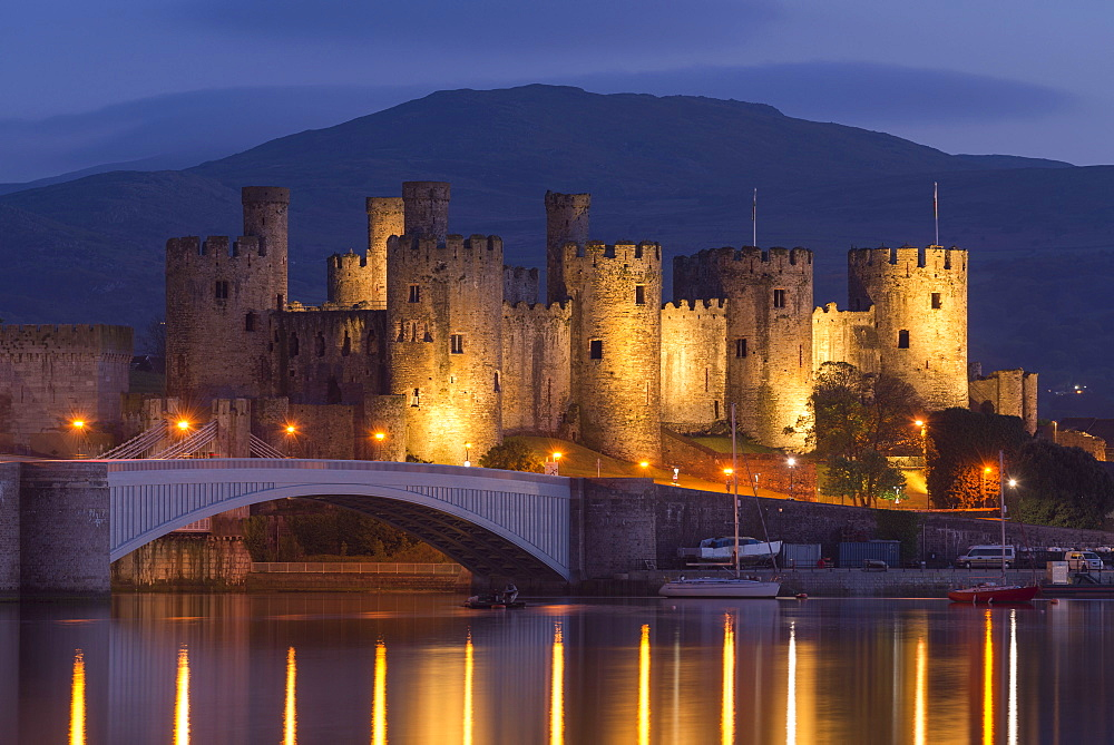 Conwy Castle illuminated at night, UNESCO World Heritage Site, Conwy, Wales, United Kingdom, Europe