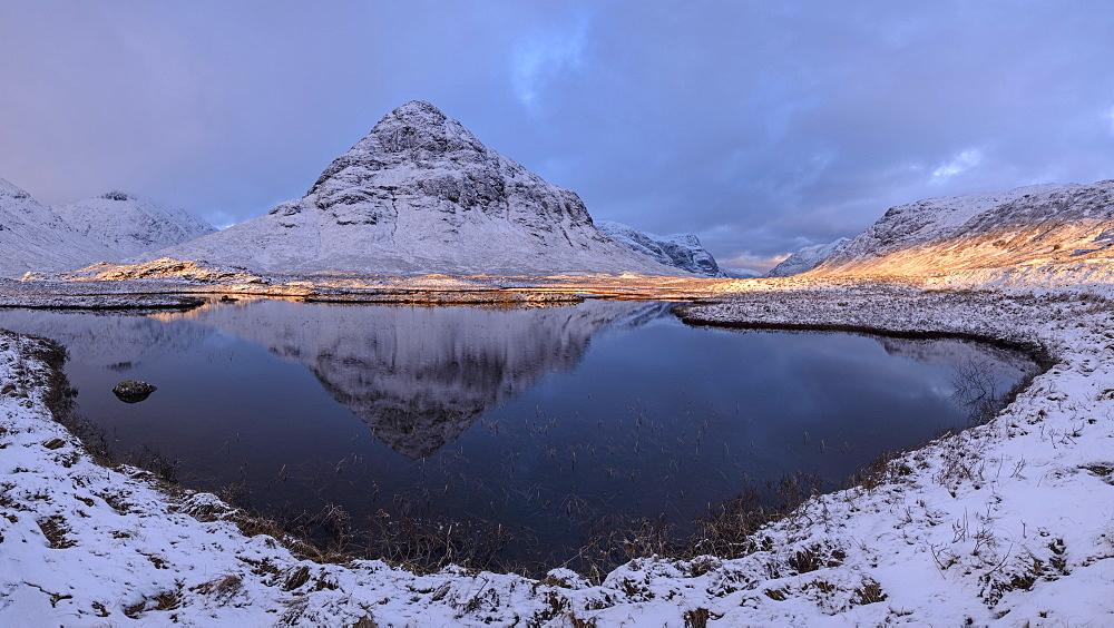 Buachaille Etive Beag mountain reflected in Lochan na Fola, Glencoe, Argyll, Scotland, United Kingdom, Europe - 799-3549