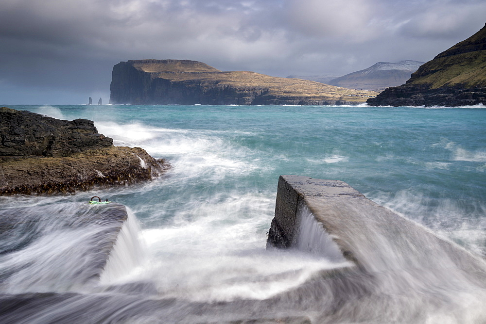 Crashing waves on the shores of Tjornuvik on the island of Streymoy in the Faroe Islands, Denmark, Europe