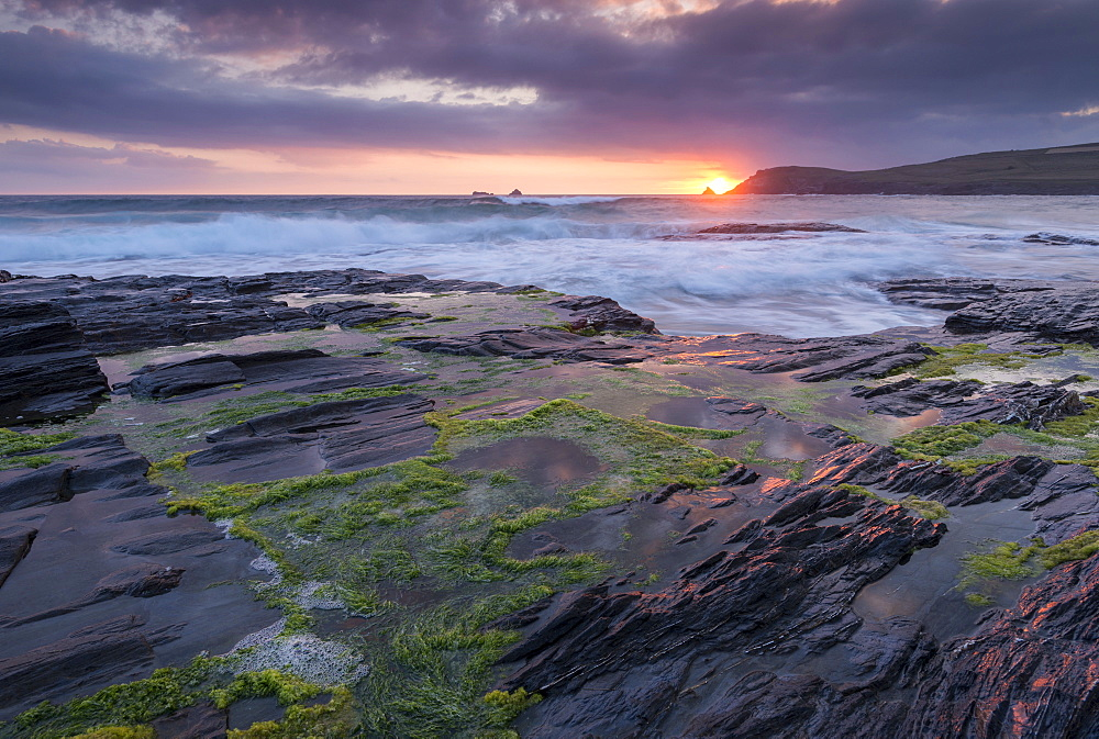 Sunset over Trevose Head from the rocky ledges of Booby's Bay, Cornwall, England, United Kingdom, Europe - 799-3665