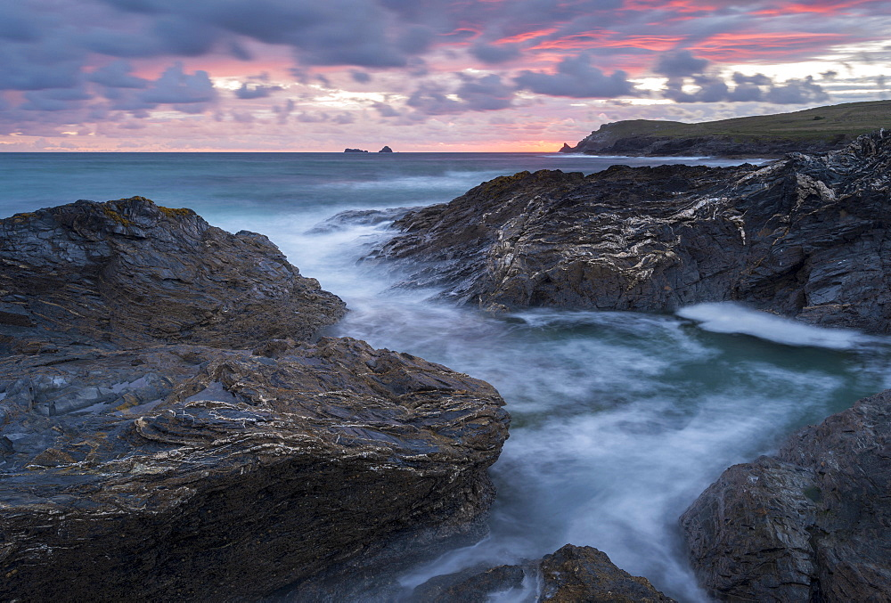 Pink sunset sky above Trevose Head and Booby's Bay, Cornwall, England, United Kingdom, Europe - 799-3668