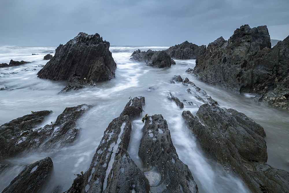 Rocky seashore at Bantham in the South Hams in winter, Devon, England, United Kingdom, Europe - 799-3701